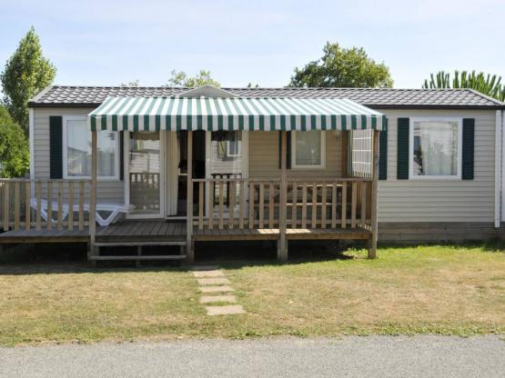 cottage familial 36m 3 chambres 6 personnes camping beaulieu la rochelle les. Black Bedroom Furniture Sets. Home Design Ideas